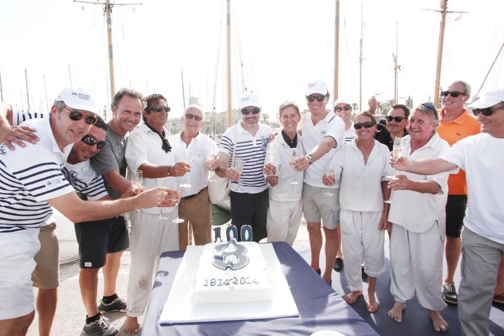 Marc Puig, Enrique Corominas, Damián Ribas y la tripulacion del Moonbeam IV celebran el 100 aniversario del velero